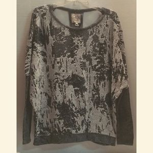 CHASER Round NECK LS Textured CUTOUT BACK  Large
